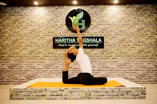 Join Best Yoga School in Rishikesh, India