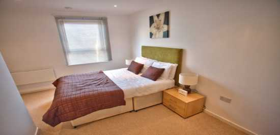 serviced apartments newport wales | Quay Apartment